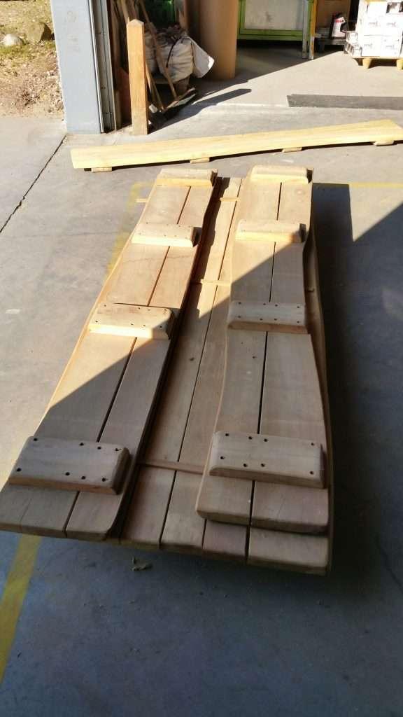Robinie BordBænkesæt - bord & to bænke uden under konstruktion